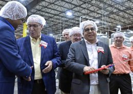 USHydrations in Pittston opens new $20 million manufacturing line